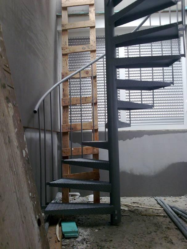 proizvodnja metalnih kružnih stepenica
